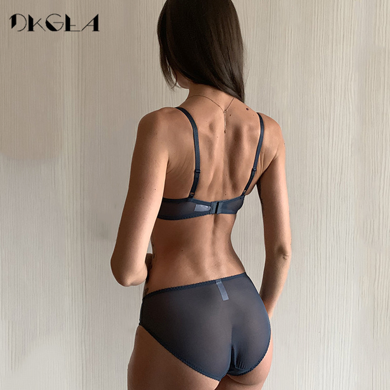 New Fashion Thin Cotton Underwear Set Women Embroidery Brassiere Sexy Bra Panties Set Plus Size D E Cup Lace Lingerie Set Green 2