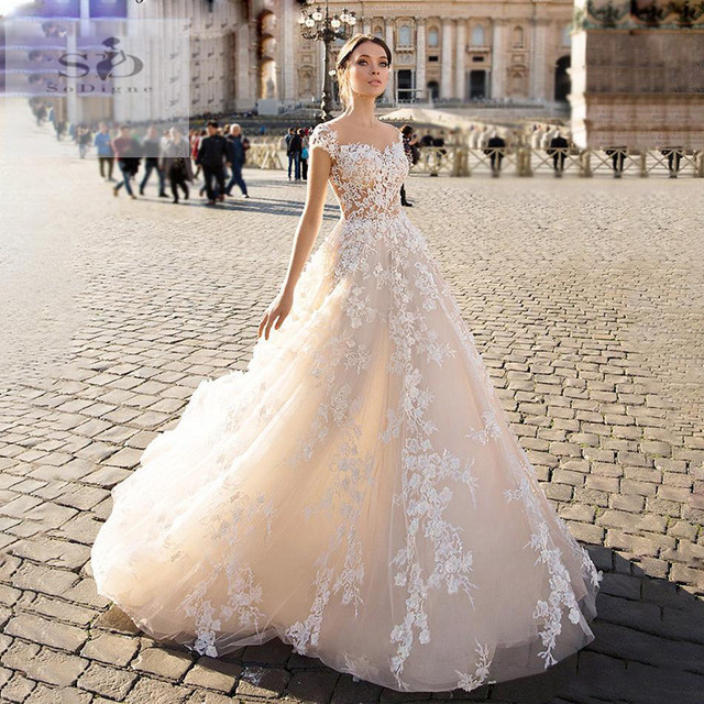 SODigne robe de mariée ligne A, en dentelle, robe de mariée, élégante et féerique, sur mesure, robes de mariée, 2020