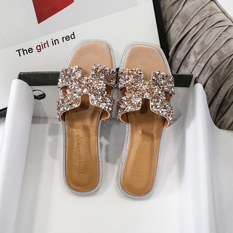 2020 Summer New Slippers Female Wild Outer Wear Sandals Rhinestone H Tuo Liang Xie Liang Pian Xie Plus Size Shoes