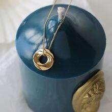 Женское Ожерелье с пончиком из 14 каратного золота до ключиц