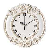 A Creative European Decorative Wall Clock Quiet Room Hotel Restaurant Watch