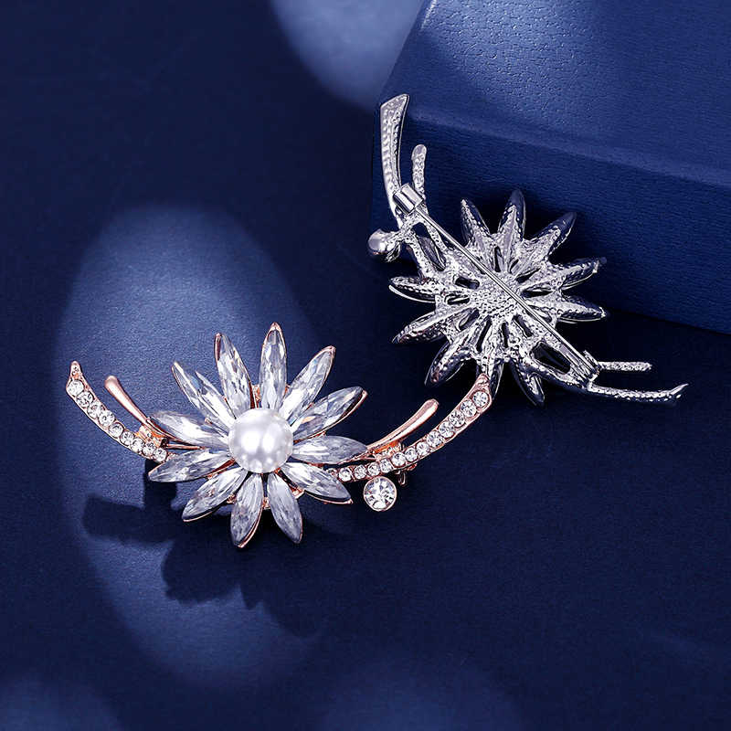 Sıcak satış taklidi inci çiçek broş kadınlar için basit moda tasarım düğün takısı pin ve broş takı noel hediyesi