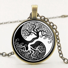 2019 Fashion Trend Retro Alloy Black and White Life Tree Time Pendant Necklace Picture Private Custom