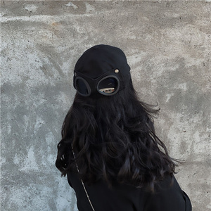Image 3 - [EAM] 여성 블랙 분할 공동 멋진 어부 모자 새로운 라운드 돔 기질 패션 조수 모든 경기 봄 가을 2020 1H275