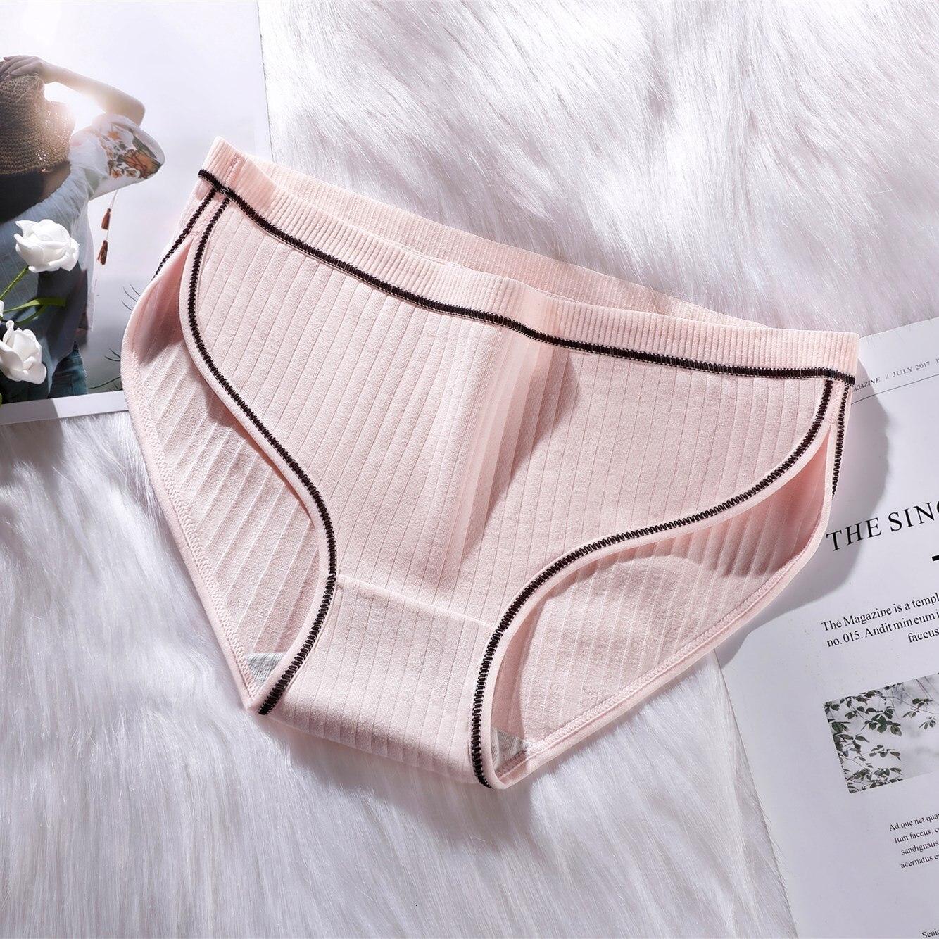 3PCS Women's Cotton Panties Female Lace Edge Breathable Briefs Sexy Underwear Women Cotton Crotch Lingerie Intimates Soft Briefs