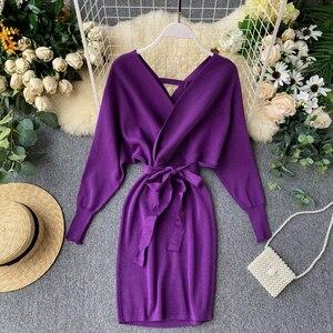 Image 3 - YuooMuoo Herbst Winter Frauen Gestrickte Pullover Kleid 2020 Neue Koreanische Lange Batwing Sleeve V ausschnitt Elegante Kleid Damen Verband Kleid