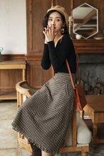 НОВАЯ Трикотажная облегающая блузка с длинным рукавом и v образным
