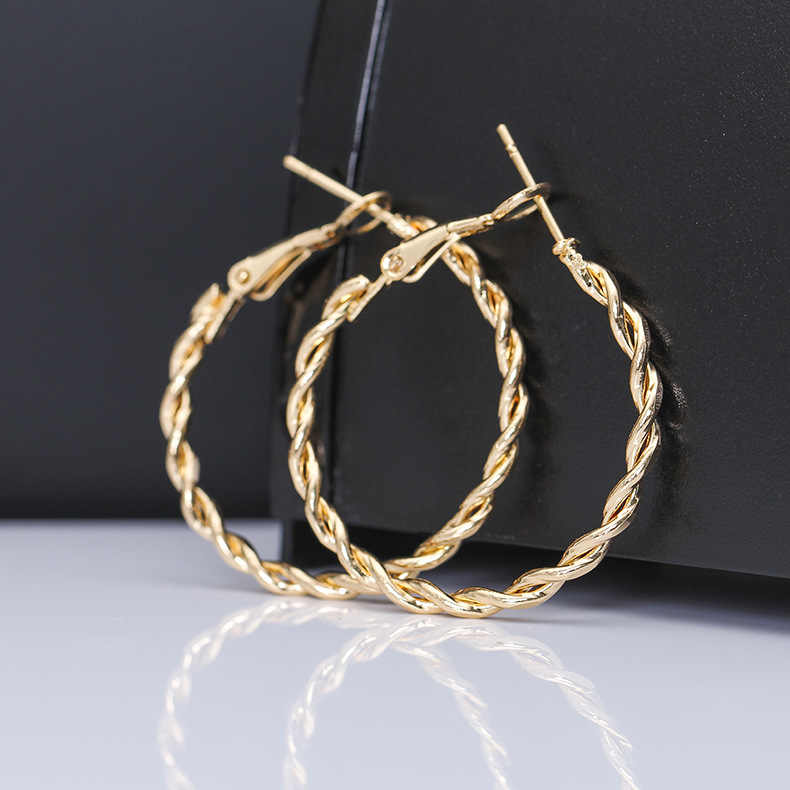 2019 golden earrings ear stud for women fashion large hollow circle earrings gift earrings