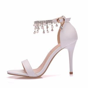 Image 2 - Pha lê Thời Trang Giày Sandal Nữ Cao Gót Mùa Hè Người Phụ Nữ Bơm Dây Đeo Mắt Cá Chân Gợi Cảm ĐẦM DỰ TIỆC Trắng Ladie Đầm KÍCH THƯỚC Giày 42