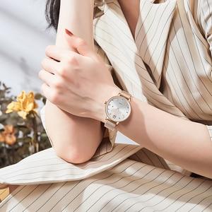 Image 5 - NAVIFORCE Women Watches Womens Fashion Clock Vintage Design Ladies Watch Luxury Brand Gold Metal Waterproof Relogio Feminino