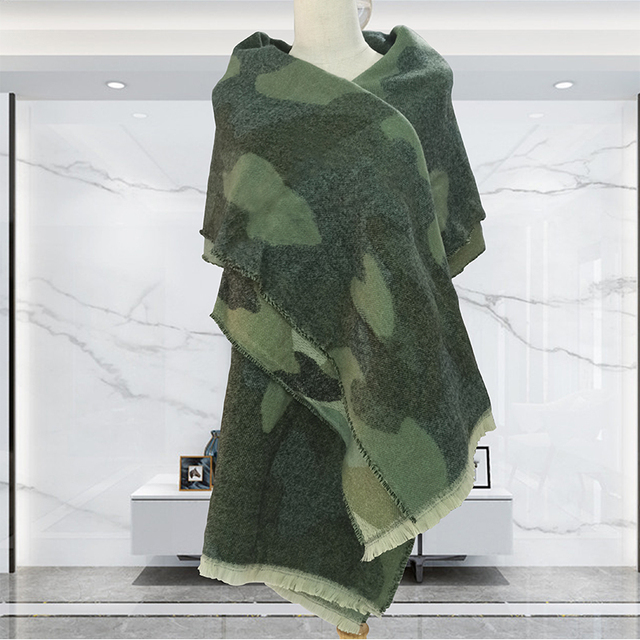 2020 Leopard Scarf Winter Green Women Warm Cashmere Fashion Casual Thickened Wool Collar Scarves and Shawls Long Ladies Poncho 3