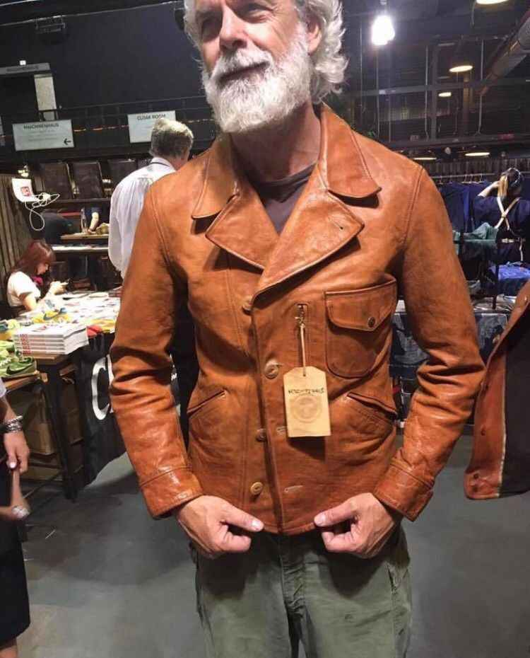 YR!Free shipping.Italy Oil Wax Cowhide coat.Helix Rider genuine leather jacket,winter men vintage brown leather jacket.sales