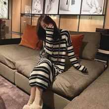 В черно белую полоску; Трикотажное платье для женщин осень/зима