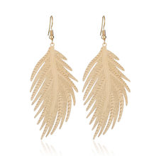 2019 New Boho Big Long Leaves Drop Earrings for Women ZA Punk Personalized Rhinestone Hollow Leaf Dangle Earrings pendientes(China)