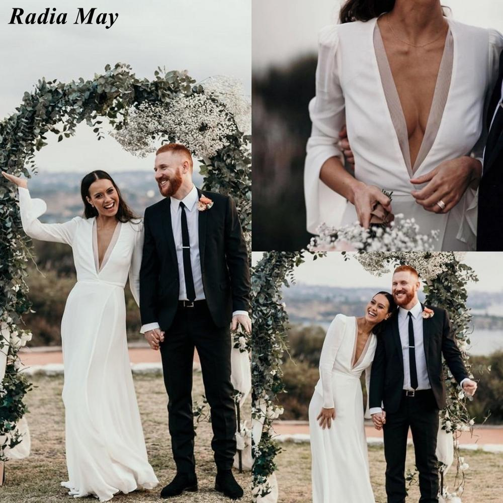 Sexy Plunging V-Neck Boho Wedding Dress Long Sleeves Side Split Ivory Chiffon Grecian Bridal Gowns Vintage Country Bride Dress