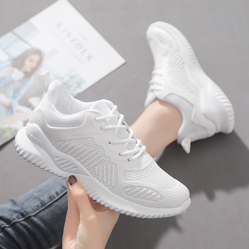 White Black Fashion Women Sport Shoes Super Running Breathable Walking Mesh Flat Shoes Professional Tennis Sport Shoe