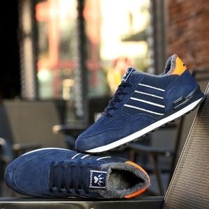 Image 5 - Hommes hiver baskets respirant chaud fourrure chaussures décontractées mâle en cuir à lacets chaussures plates anti dérapant imperméable à leau en plein air ajustement baskets