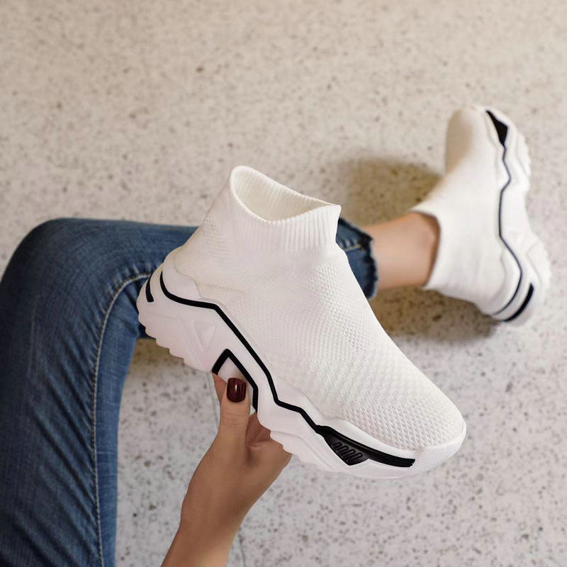 2019 New Summer Socks Sneakers Wild Thick Bottom High To Help Increase Casual Sports Shoes White And Black Running Shoes ZW-115