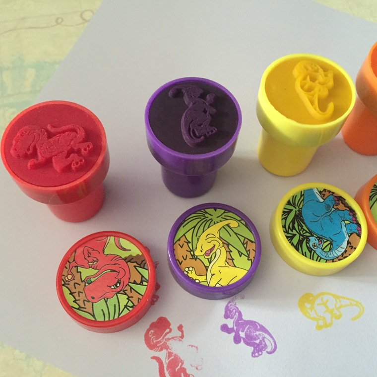 6Pcs Cartoon Dinosaur Self Inking Stamper Art Craft Stamps Kids Party Favors Toy Drawing Templates DIY Supplies