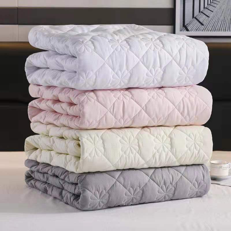 Solid Thicken Quilted Mattress Cover King Queen Size Bed Protector Pad Anti-Bacteria Mattress Topper Air-Permeable Bed Pad Cover