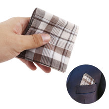цена 2pcs Square Plaid Stripe Handkerchiefs Men Classic Vintage Pocket Hanky Pocket Cotton Towel For Wedding Party Gift Random @ онлайн в 2017 году