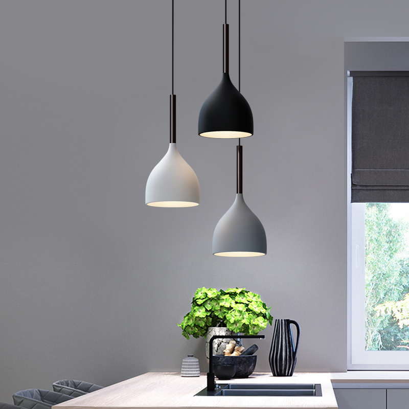 Nordic Restaurant Chandelier Three Modern Minimalist Style Disc Lamps Home Atmosphere Creative Black And White Gray Dining Room