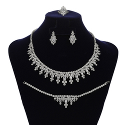 Jewelry Sets HADIYANA Gorgeous Women Dubai Bridal Wedding Necklace Earrings Ring And Bracelet Set Engagement CN1840 Bisuteria