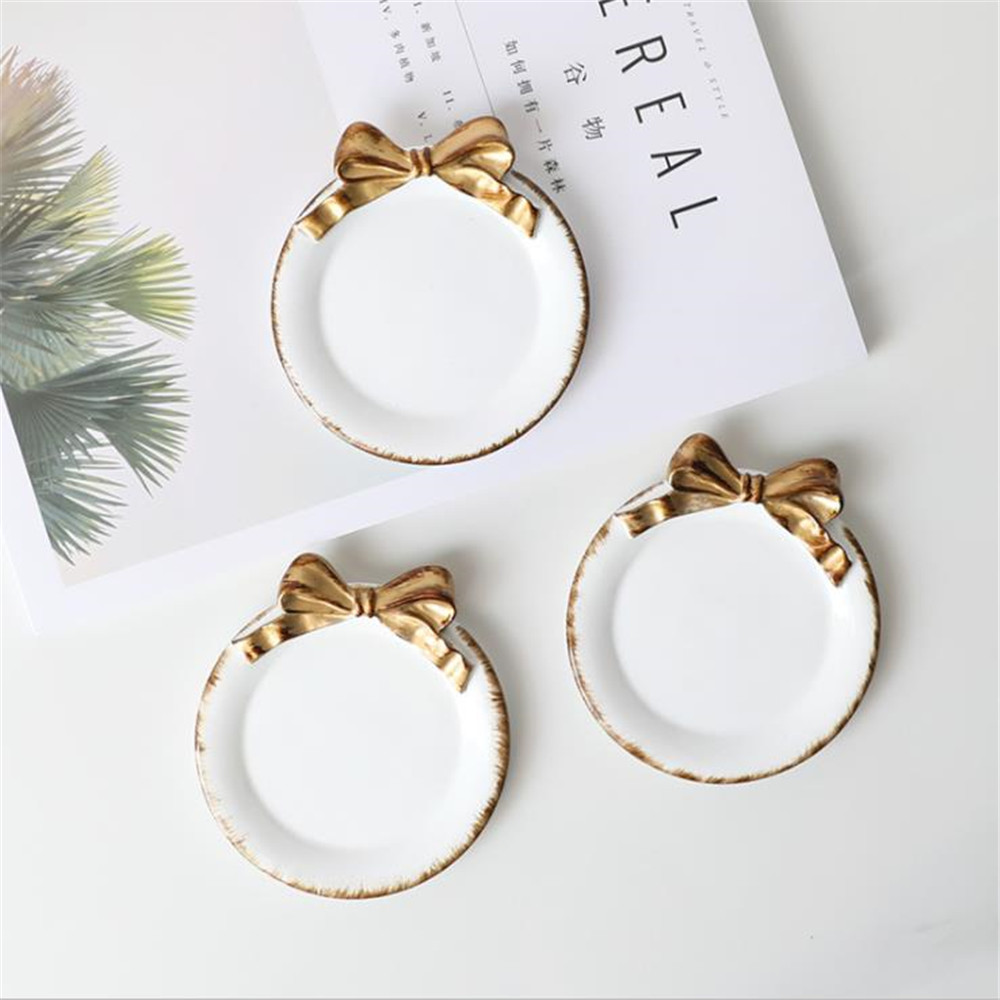 Small Dish Lovely Retro Gold Bow-knot Pattern Resin Plate Dessert Soy Sauce Vinegar Plates Ring Jewelry Storage Trays Home Decor