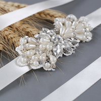 TRiXY S35 High Quality Rhinestone Wedding Belts Bridal Belt High Fashion Women Belt Pearl Beaded Sash Belt Bridal Belt Silver