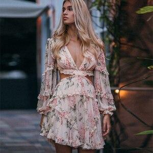 Женское летнее пляжное мини-платье на тонких бретельках, с цветочным принтом, глубоким v-образным вырезом, открытой спиной и рукавами-фонари...