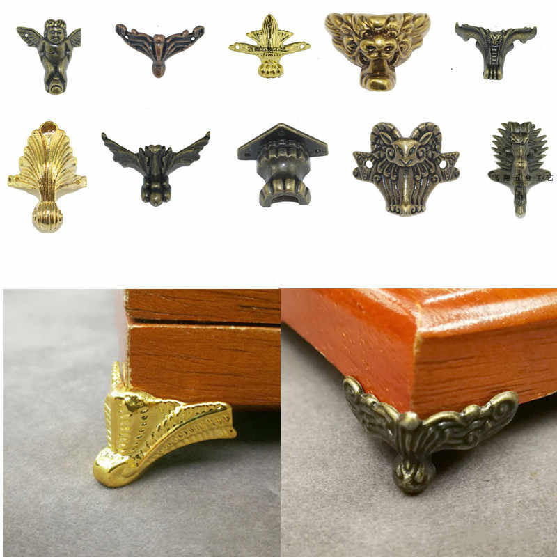 Soporte de metal antiguo pata bronce antiguo Protector de esquina joyería caja de madera soporte de cubierta tallado muebles Hardware
