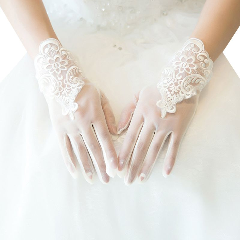 Women Short Sheer Wedding Gloves Floral Lace Patchwork Sunscreen Bridal Mittens