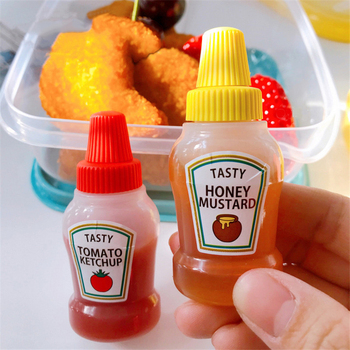 2pcs/set 25ML Mini Tomato Ketchup Bottle Portable Small Sauce Container Salad Dressing Container Pantry Containers for Bento Box mini salad dressing squeeze bottle silicone sauce jars for ketchup mustard mayonnaise condiment dispenser lunch box