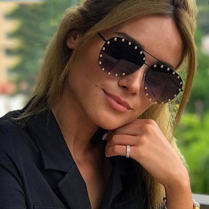 Moda retro sapo óculos de sol feminino 2020 personalizado luxo cravejado óculos de sol gradiente azul uv400 gafas mujer moda