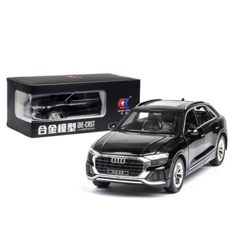 1:24 Q8 SUV vehículo de carretera en miniatura coche de simulación de aleación de metal modelo con luz de sonido Tire hacia atrás coche de juguete de chico envío gratis Pegatina 3D para coche, Araña, lagarto, escorpión, estilo animal, pegatina para Infiniti fx-series qx-series Coupe EX37 EX25 JX35 EX35
