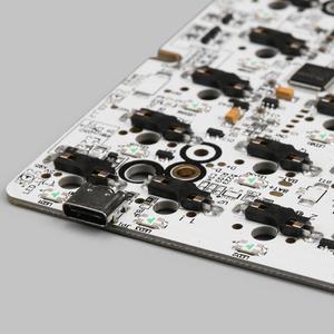Image 3 - Kbdfans nova chegada gk64 pcb rgb 60% 64 teclas quente swap pcb diy teclado mecânico hotswap soquete