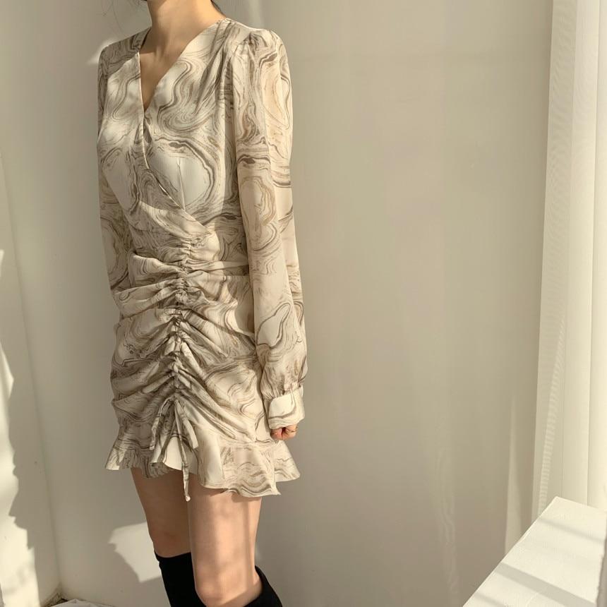 He705509f92ac469ea9e6e3d7f7811df3m - Autumn V-Neck Long Sleeves Chiffon Drawstring Abstract Print Mini Dress