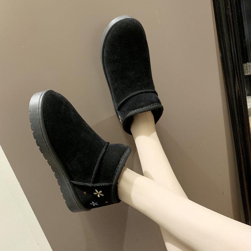 Snow boots women's winter new thick short boots short tube cotton shoes warm wild students plus velvet cotton boots women's brea