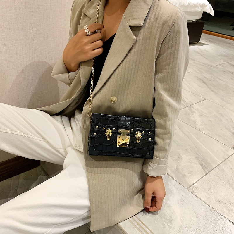 Fashion Box Ladies Shoulder Bags Rivets Fashion Women Messenger Bags Small Square Women Bag 2019 New Female Shoulder Packages|Shoulder Bags| - AliExpress