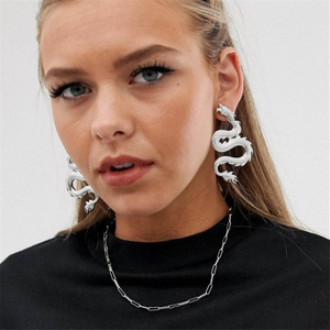 Vintage Dragon Stud Earrings for Women Personality Jewelry Punk Gothic Black Crystal Serpent Earrings Fashion Gift(China)
