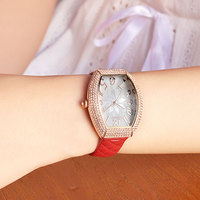New Fritillary face carved female watches leather bracelet watch woman fashion quartz watch ladies waterproof wine barrel clock