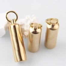1 Pcs Draagbare Messing Metal Golden Benzine Aansteker Retro Slijpschijf Mini Outdoor Waterdichte Sleutelhanger Lichter