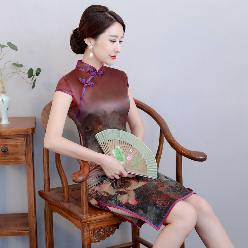 2020 Rushed Is The Spring Of New Long Double Cheongsam Daily Improvement Of Chinese Style Collar Silk Qipao Woman