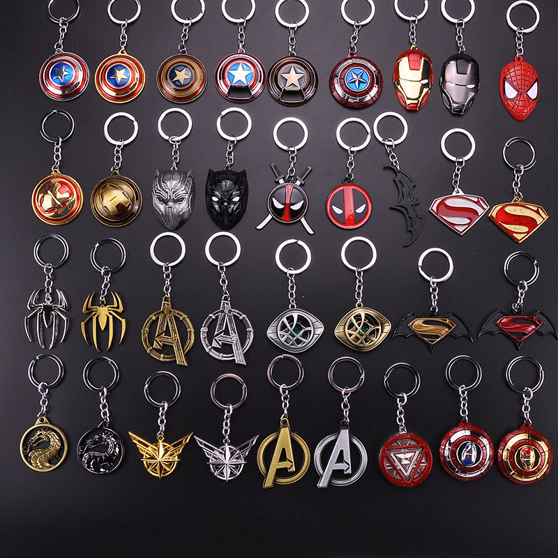 Hot Marvel The Avengers Iron Man Heart Mask Thor's Hammer Keychain Captain America Spider-Man Thanos Infinity Gloves Male Gift