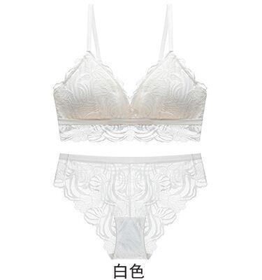 Image 2 - 2020 Wireless Bra and Panties Sets Vintage Lace Floral Seamless Underwear Set Sexy Deep V Plunge Lingerie SetBra & Brief Sets   -