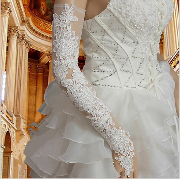 2019 New Bride Banquet Etiquette Gloves High-grade Long Lace Openwork Wedding Dress Gloves White