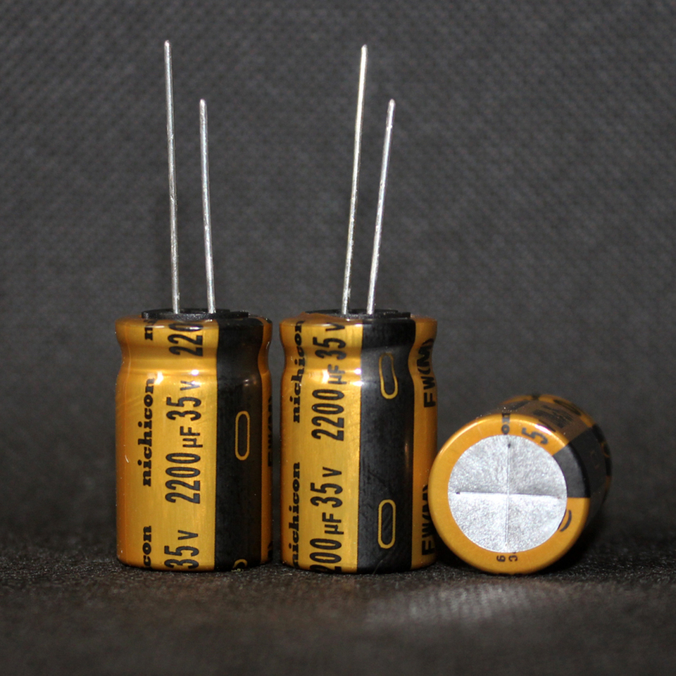 20 pcs Nichicon  USW1C330MDD Audio Kondensator 33uF 16V 5x7mm RM2  85°C   #BP