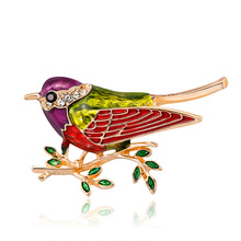 Cross-border ecommerce source fashion Ruili inlaid oil lark brooch 100 animal corsage girl