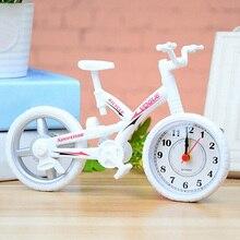 Regalos de moda reloj despertador de movimiento de escritorio decoración hogar niños Mesa niños dormitorio silencio Vintage plástico forma de bicicleta Oficina