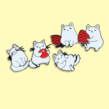 Cute White Cat Enamel Pins Holding Strawberry Brooches Denim Clothes Bag Lapel pin Animal Jewelry Gift For Friends Kids cute white cat enamel pins holding strawberry brooches denim clothes bag lapel pin animal jewelry gift for friends kids